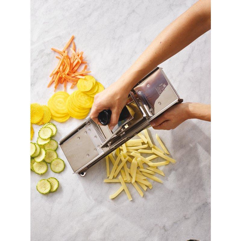 Mandoline - Preparing & slicing